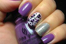 Pretty Fingernails / by Amy Goodwin