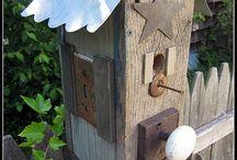 BIRD HOUSES / by Sue White Vandegenachte