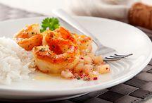 Delicias / Comidinhas deliciosas / by Sonia Ishibashi