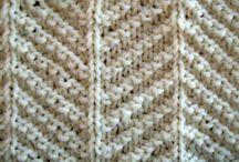 Knitting / by Vicky Bayley