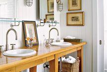 Bathroom / by Chandra Theis