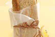 bread recipes / by Molly Whitehead