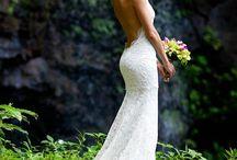 Wedding Dresses  / by Jessica Vasapoli