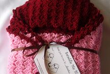 So Crochet (throws & afghans) / by Nichole Sauve