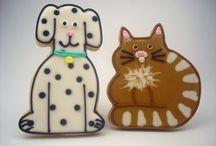Cat & Dog cookies / by Erin Brankowitz