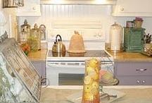 Home - Kitchen / by Alissa Swartz