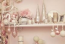 Christmas❤️ shabby chic / by Beverly Morgan