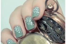 nails / by Ana Plasencia