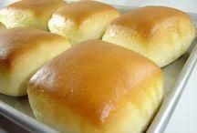 Bread / by Cris .