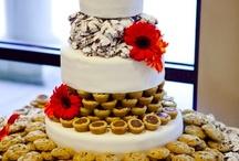 Wedding Cakes ooh la la / by Rachel Pulverman