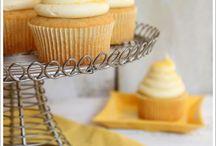 Cupcakes/cakes/cookies  / by Amanda Schaller