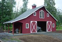 Barns / by Missy Rayburn