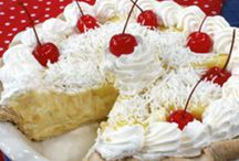 Pies, Cobblers and Misc. Desserts / by Linn Cich-Jones
