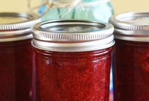 Canning & Preserving / by Michelle (Brown Eyed Baker)
