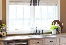 Kitchen / by Charlotte Lindstrom