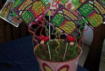 Gift Basket & Jar Ideas / by Julie Ellsworth