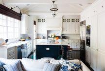 Granada Kitchen / by Debra Chow