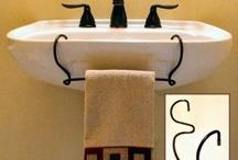 House--Bathrooms / by Cheryl Rader