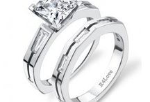 modern engagement rings / Here is a wide range of modern engagement rings as well as contemporary rings for men and women / by Unique Engagement Rings - Rings4love.com