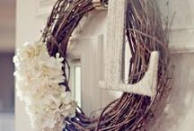 Arts n crafts / by Courtney Morgan