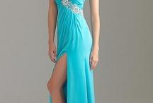 Beautiful Dresses / by Kathleen Schafer