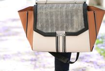 Hand bags & purses / by Ana DLT