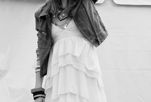 Tres Chic / Effortless cool- the French do it best! / by Teresa