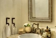 Bathrooms / by Neiby Alberto