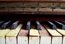 música / by Abigail Thorpe
