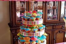 Cake Ideas - nobody wants just cake & icing when they can have cake, icing, & edible add-ons to make that cake more appealing!  / by Becky Brantley