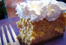 Baking - Cheesecakes / by Johanna Krebs