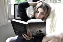 READING / by Marnie Fuchs Martin