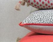 Rugs n pillows n stuff / by Marianna Sachse