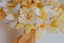 Paper flowers / by Carmen Aliod