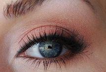 Makeup Designs / by Alicia Reid