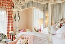 Shabby Chic / by Welcome to The Frugal Homekeeper