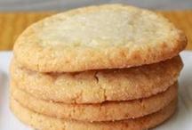 Recipes: Cookies & Bars / by Cheryl Davitz