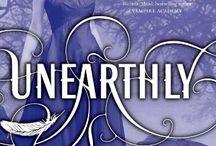 amazinggggggggg YA books / by Katherine Mahlum