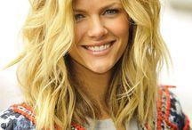 Hair - Make up - beauty tips  / by Arta M