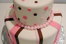 Modern Baby Shower Cakes / by Modern-Baby-Shower-Ideas.com