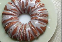 Bundt Cakes  / by Jessica (Portuguese Girl Cooks)