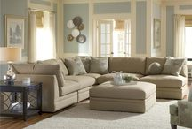 Living Room / by Michelle Mary-Elizabeth