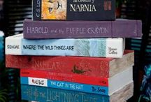Books and Book Art / by Annette Varcoe