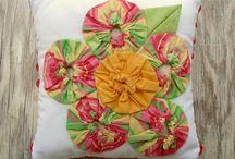 Sewing / Pillows / Pillows with pizazz or inspiring tutorials / by Becky Jorgensen
