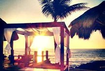 Dream Destination Wedding / Yay Mexico! / by Kelsey Bowman-Selinger