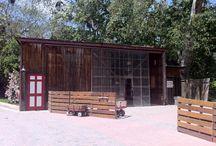 Location - Barn / by RANCHO LAS LOMAS