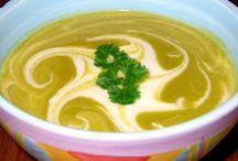 soups / by Marilyn Kurz