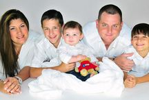 Family Portrait Ideas / Photo ideas for family portraits / by Norma De La Garza