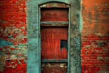 Doors & Gates / by Pedro Costelas