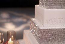 Wedding Cakes / by invitesbyjen
